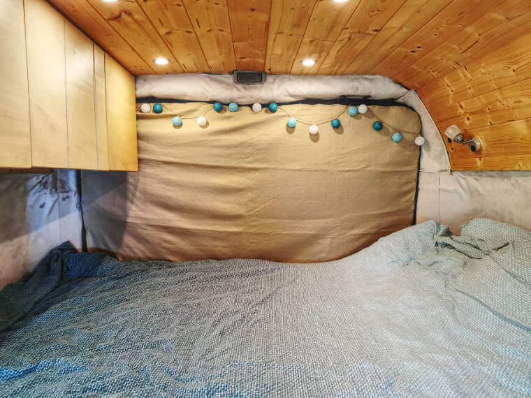 Heck-Tür-Decke für das Vanlife im Winter von Vroni's Vanlife