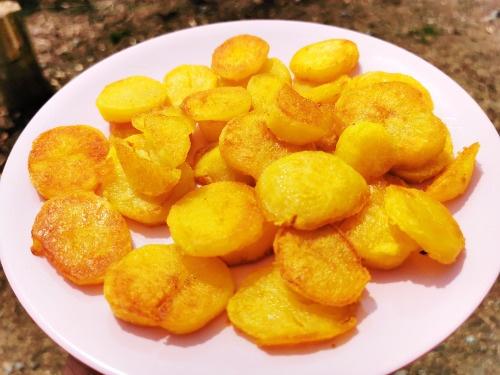Schmelzkartoffeln fertig, Rezept von Vroni's Vanlife